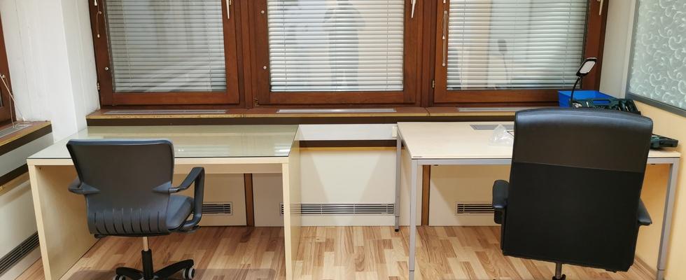 Shared Office Desks