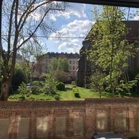 Vermieten große, helle Praxisräume Nähe Aumannplatz