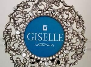Giselle Interiors Gersthof, Einrichtungsfachhandel mit Möbeln, Stoffen, Wohnaccessoires u.v.m.