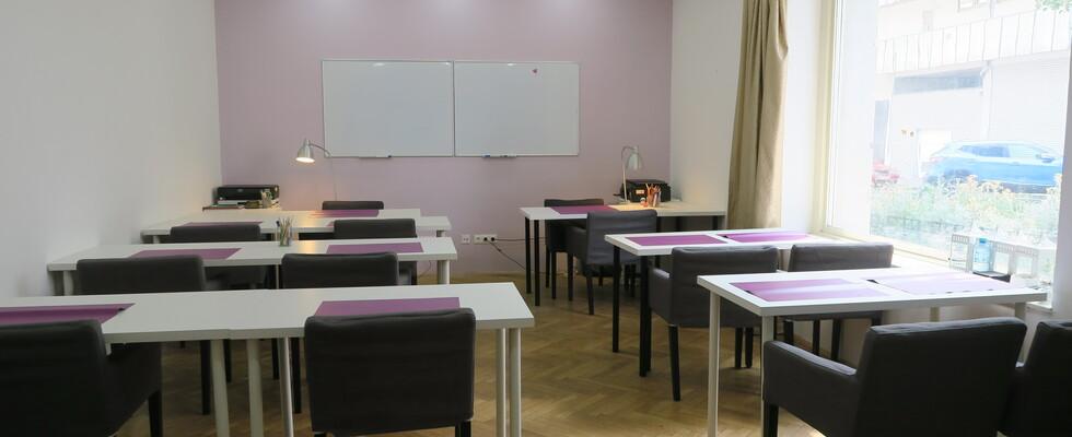 Ruhiges Büro für Unterricht  in einem Erdgeschoss Geschäftslokal