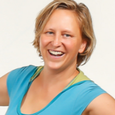 Mikle Hager-Adam, qualifizierte Praktikerin der Grinberg Methode