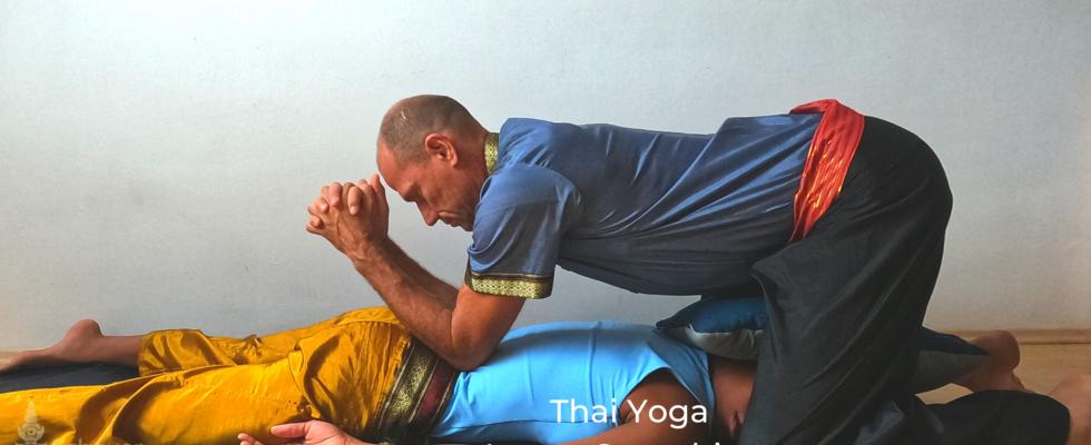 Thai Yoga Lanna Stretching Kurs Nuad BoRarn  100 Sequenzen